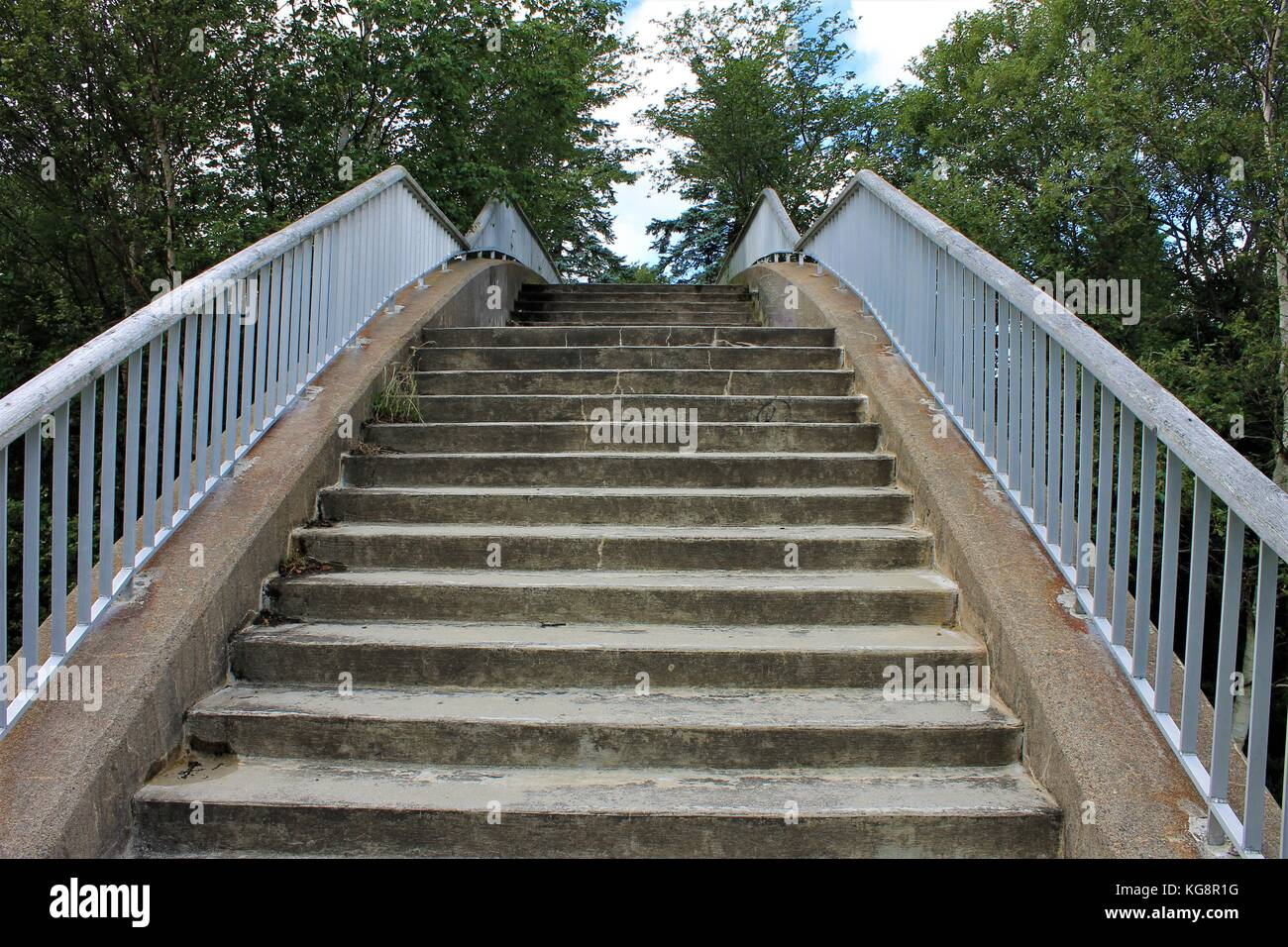 Cantilever Stairs Stock Photos & Cantilever Stairs Stock