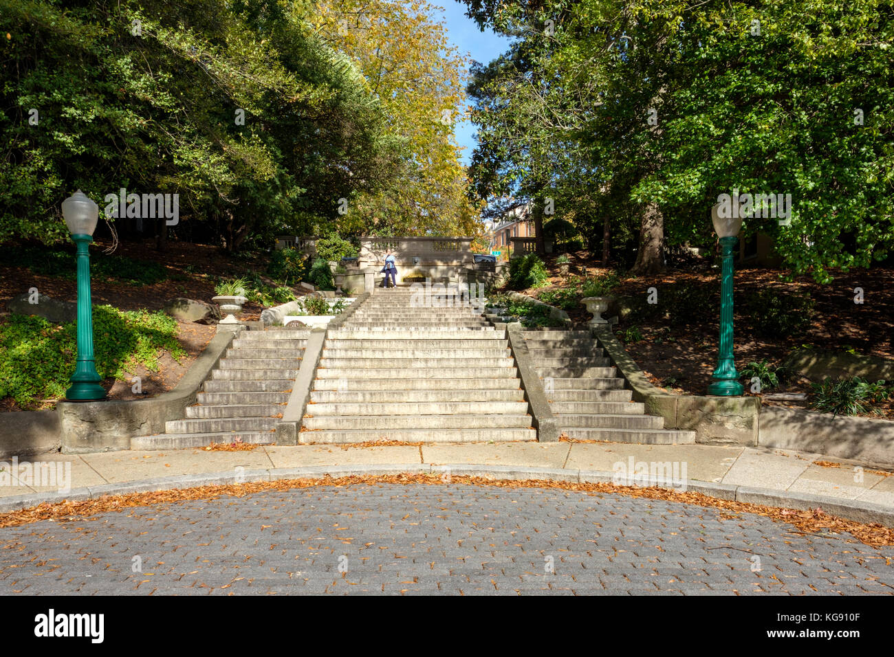 The Spanish Steps, the only D.C. park to occupy a city street. A pedestrian passageway in the Kalorama neighbourhood - Stock Image