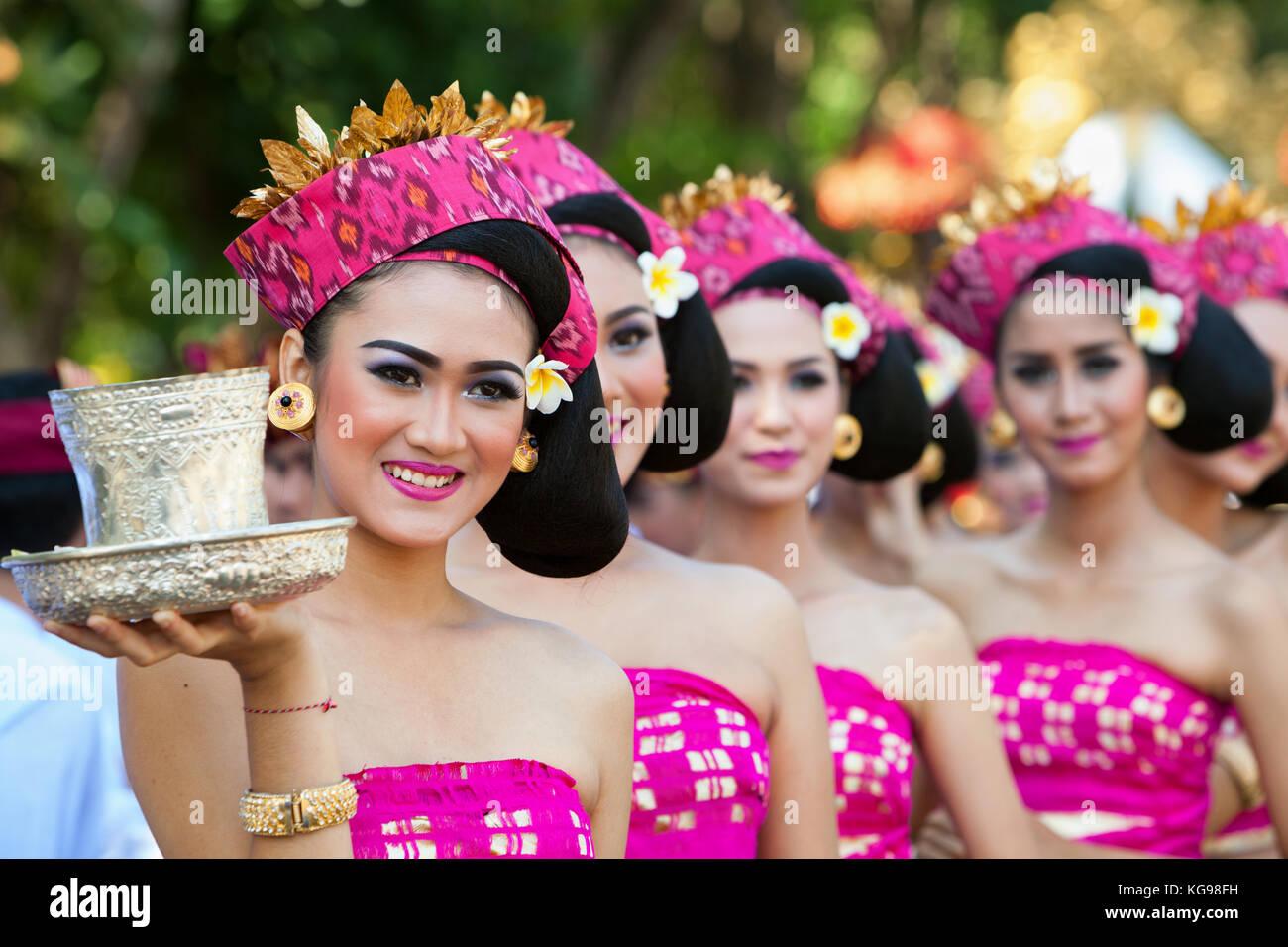 Ladies indonesia full