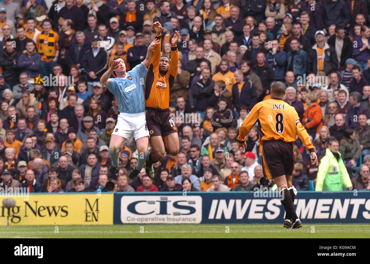 Footballer Robbie Fowler and Isaac Okoronkwo Manchester City v Wolverhampton Wanderers 10 April 2004 - Stock Image