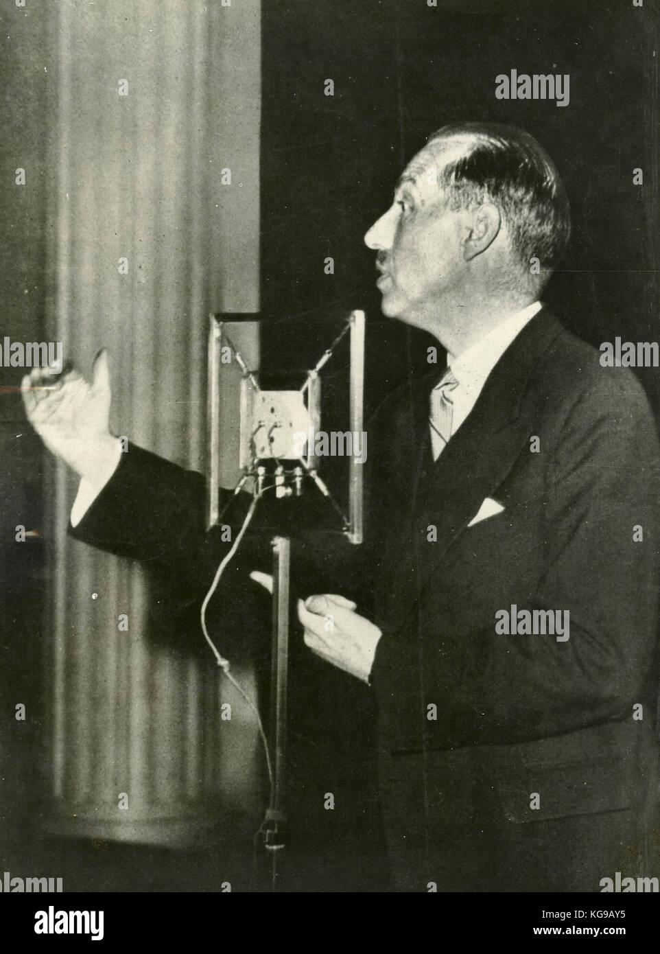 Belgian PM Paul Van Zeeland at an electoral speech, Bruxelles 1937 Stock Photo