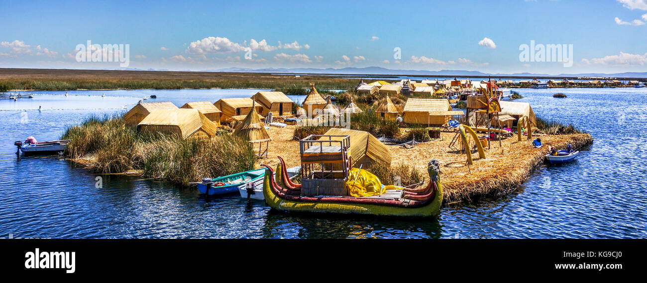 One of the Uros Islands in Lake Titikaka - Stock Image