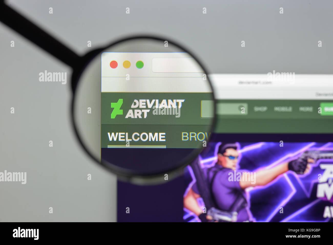 Milan, Italy - August 10, 2017: DeviantArt website homepage. Deviant Art logo visible. - Stock Image