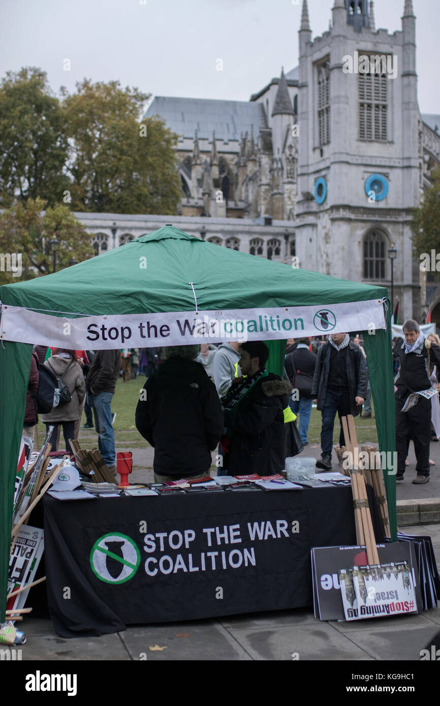 Stop the war coalition tent at Pro-Palestine protest, London, UK, 4th November 2017 - Stock Image