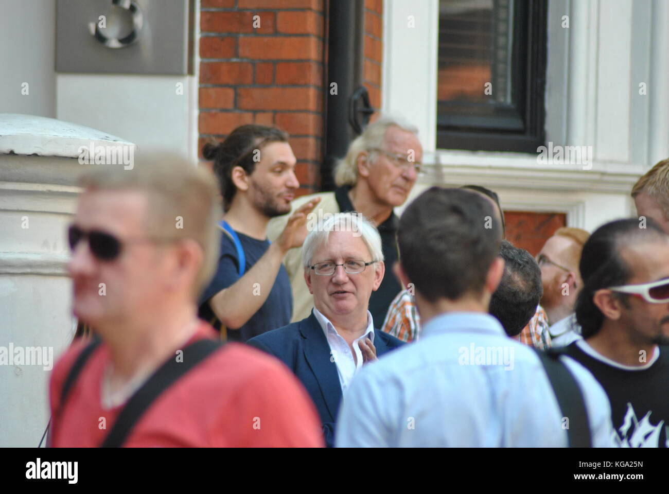 Craig Murray former Ambassador to Britain, in court accused of libel charges against Jake Wallis Simons, he is a - Stock Image