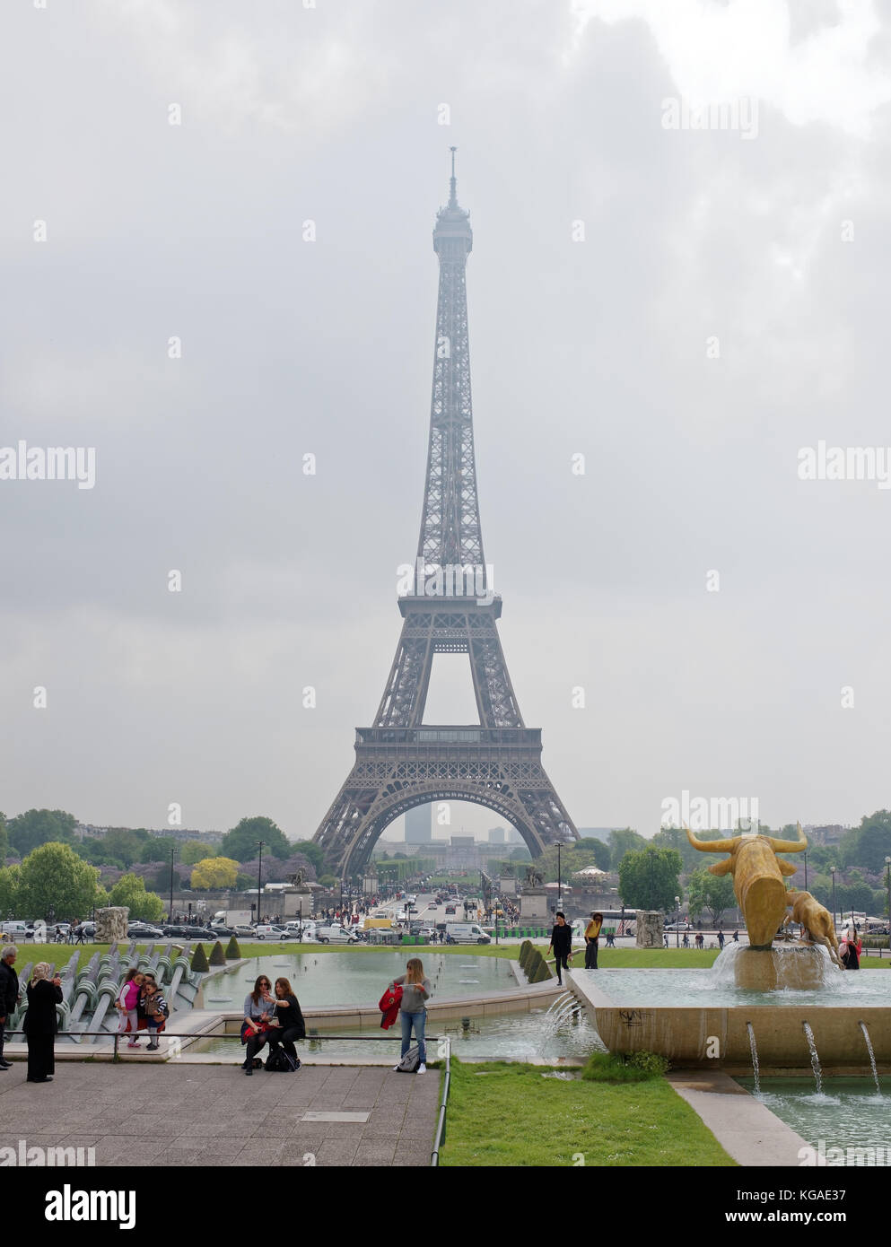 Paris; France-May 05; 2017: View of the bridge Jena and the Eiffel Tower. In the foreground, tourists are photographed Stock Photo