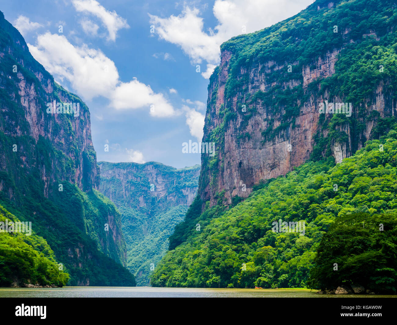 Stunning view of Sumidero Canyon from Grijalva river, Chiapas, Mexico - Stock Image