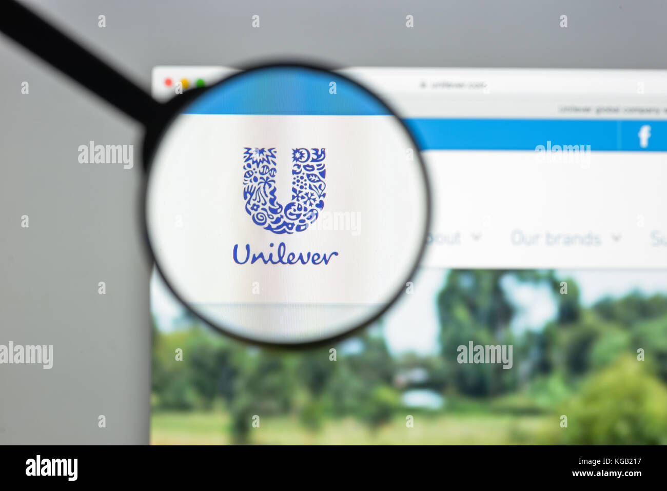 Milan, Italy - August 10, 2017: Unilever website homepage. It is a Dutch-British transnational consumer goods company. - Stock Image