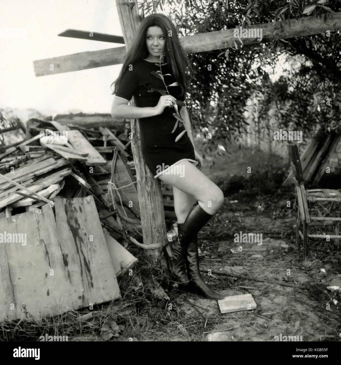e081f6227c4d Mini Skirt 1970 Stock Photos & Mini Skirt 1970 Stock Images - Alamy