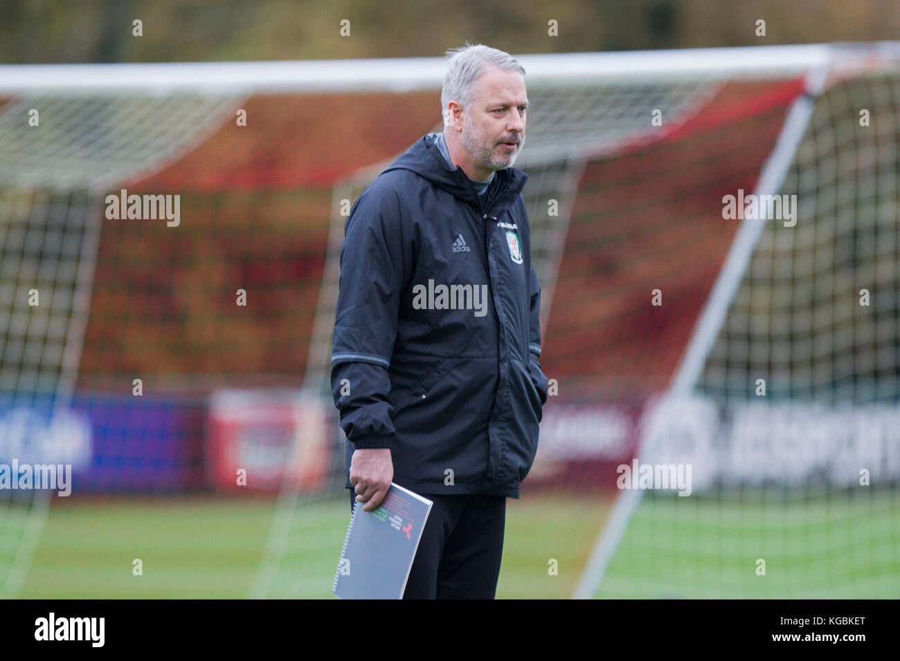 the best attitude 70a73 ad673 Hensol, Wales, UK. 6th November 2017. Wales coach Kit Symons ...