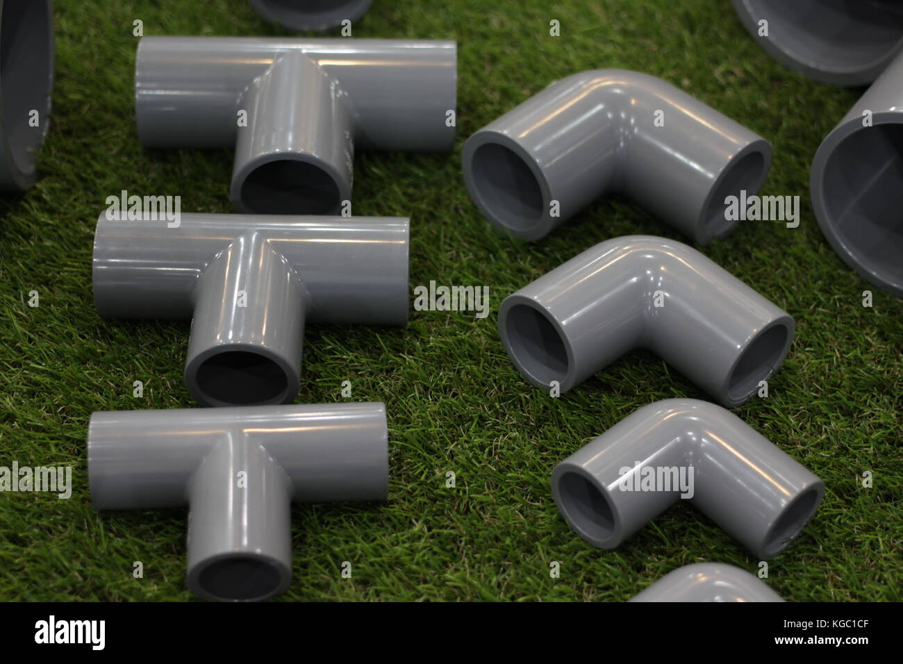 elbow and three way PVC Pipe fittings connectors for