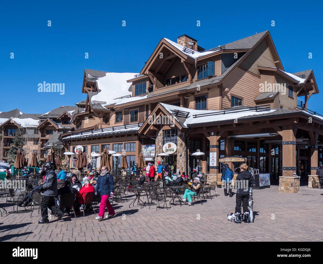 Afternoon outside Sevens, Peak 7 base area, winter, Breckenridge Ski Resort, Breckenridge, Colorado. - Stock Image