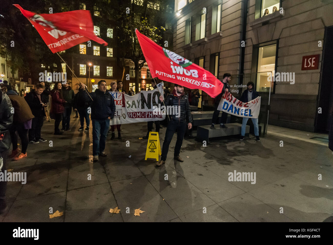 November 6, 2017 - London, UK. 6th November 2017. LSE students and supportersfrom the IWGB union protest against - Stock Image