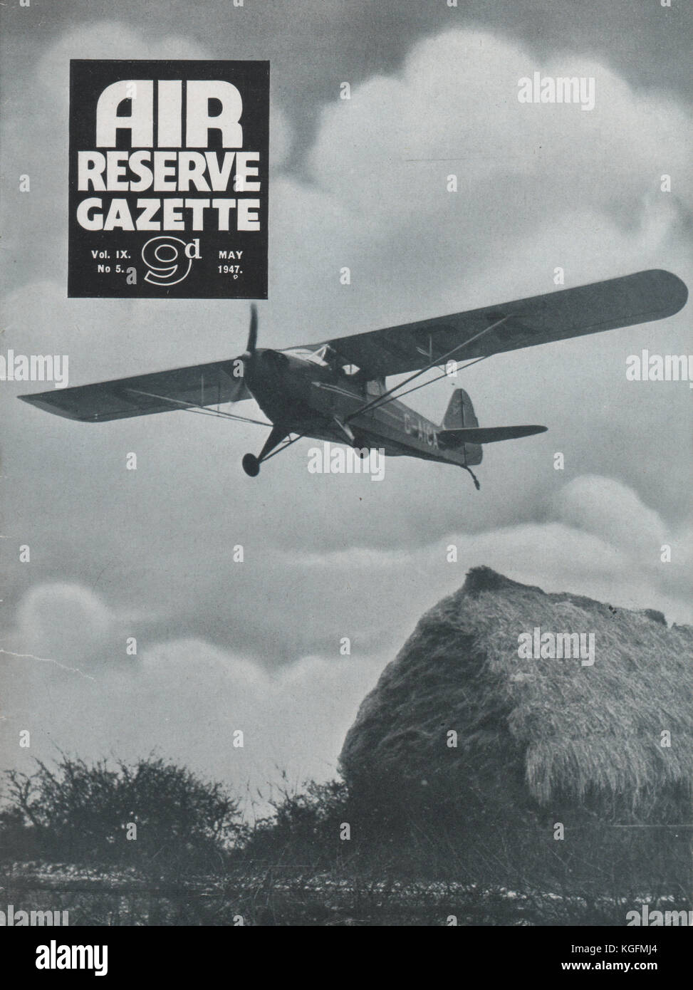 Vintage Air Reserve Gazette magazine cover dated May 1947 showing an Auster Arrow light aircraft of the post war - Stock Image