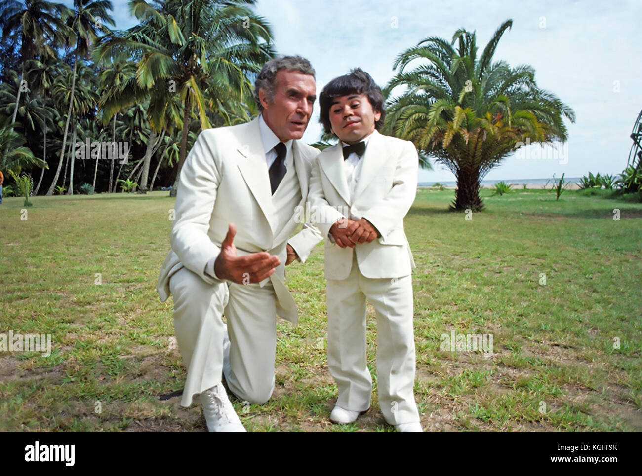 FANTASY ISLAND ABC TV series 1977-1984 with Ricardo Montalban at left and Herve Villechaize - Stock Image