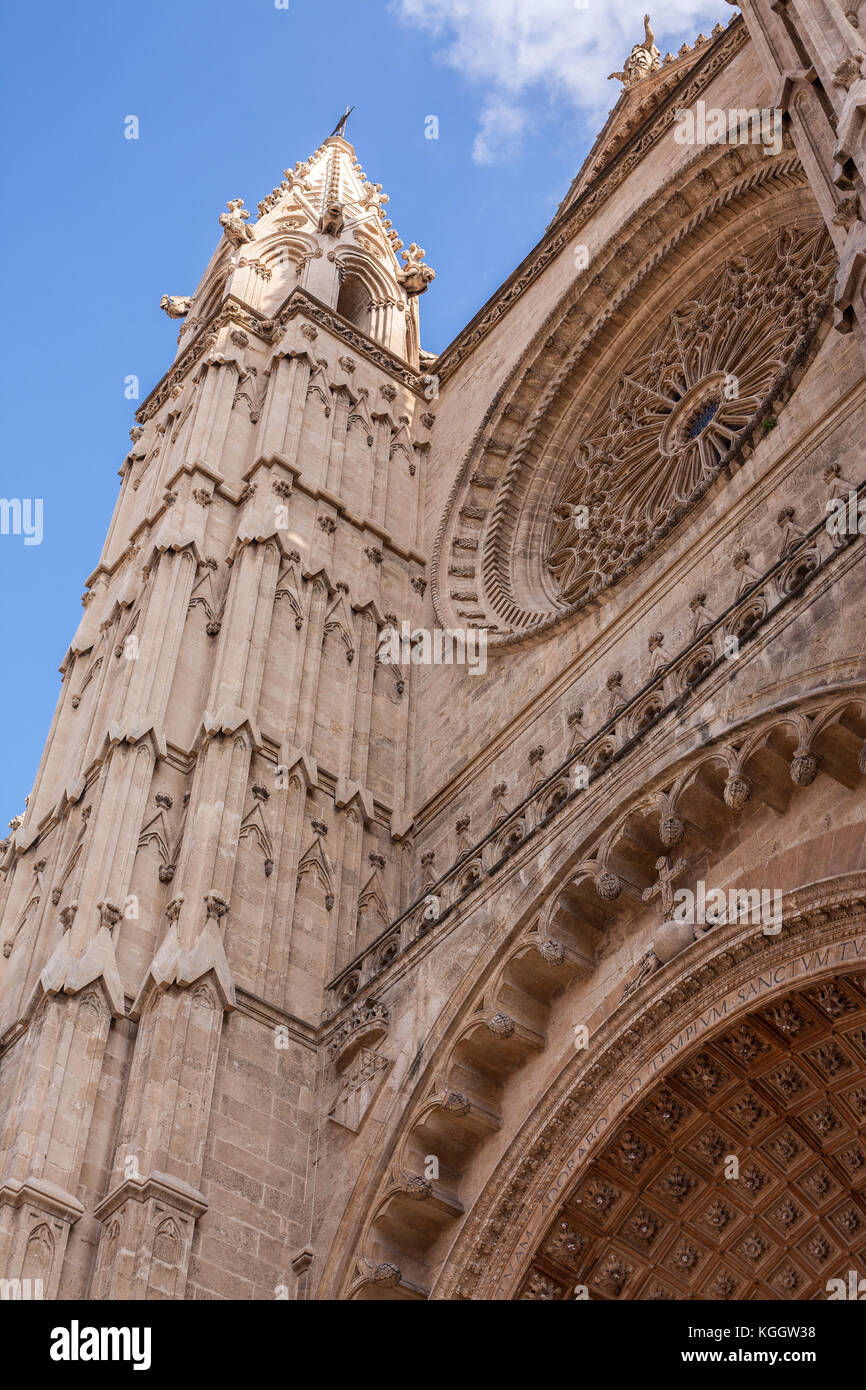 Vertical shot of Cathedral Le Seu in Palma de Mallorca, a popular tourist destination - Stock Image