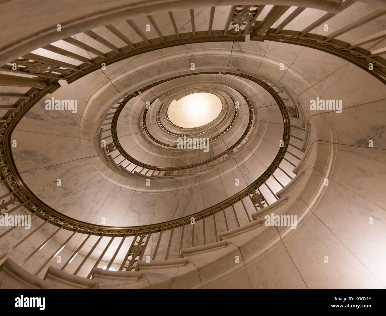 spiral staircase inside the supreme court building washington dc stock photo 165099479 alamy. Black Bedroom Furniture Sets. Home Design Ideas