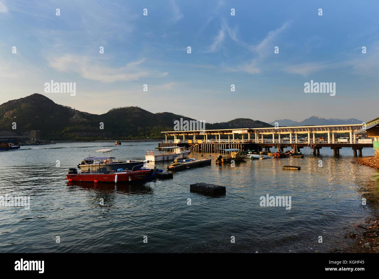 Sok Kwu Wan village on Lamma island, Hong Kong. - Stock Image