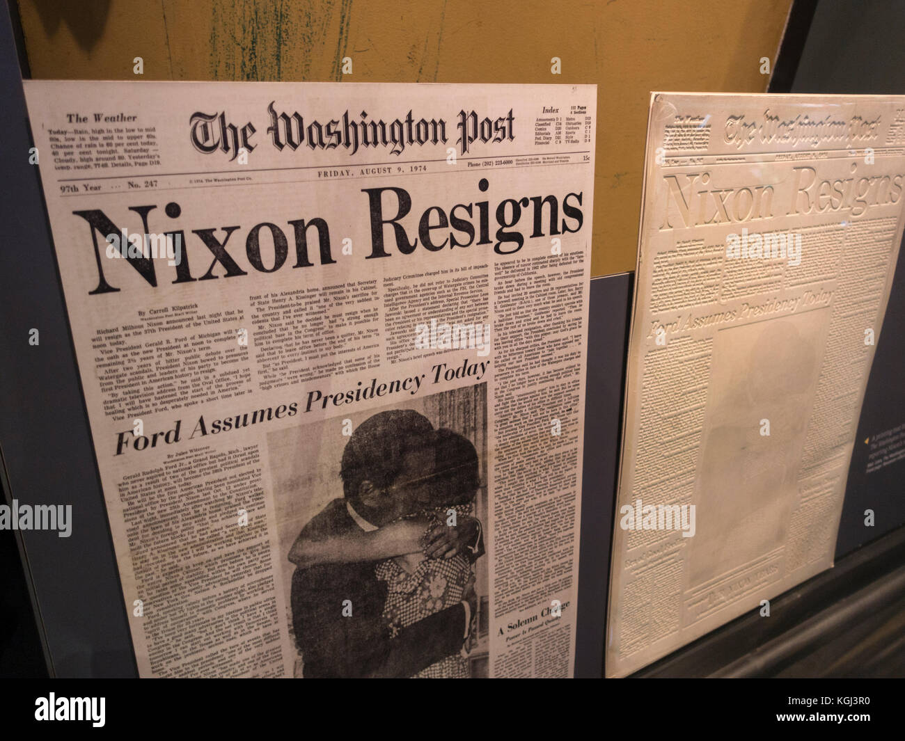 Washington Post newspaper and printing mat for 9th August 1974 on display in Newseum, Washington DC, United States. - Stock Image