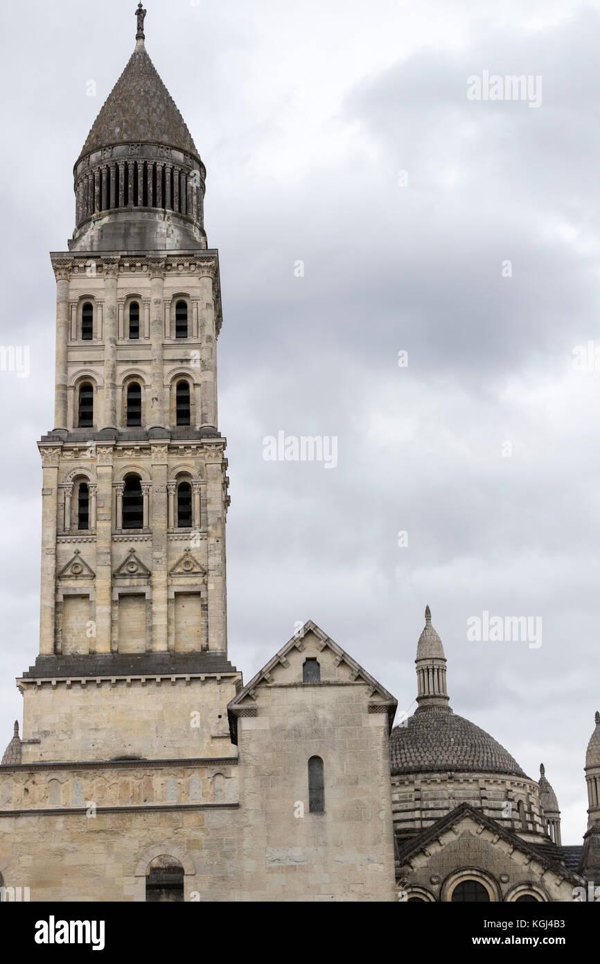 Street view of Cathédrale Saint-Front, Périgueux Cathedral, Dordogne department in Nouvelle-Aquitaine, - Stock Image