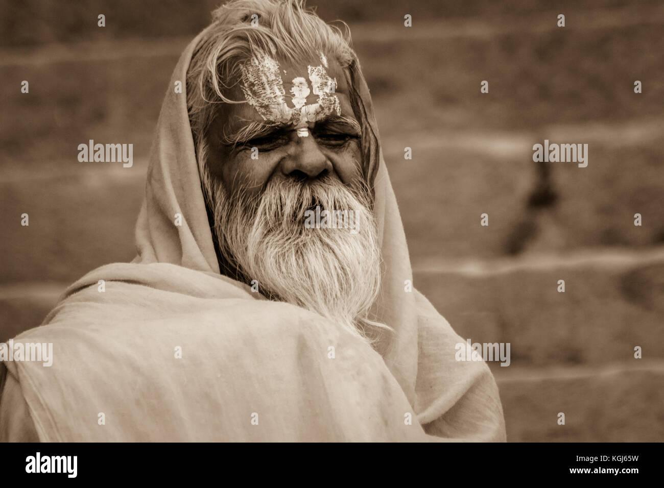 Portrait of a sadhu Baba in Varanasi, Utter Pradesh,India. - Stock Image