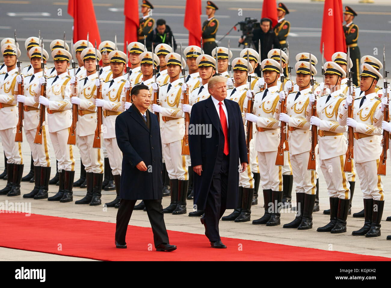 Beijing, China. 9th Nov, 2017. China's President Xi Jinping and US President Donald Trump (L-R front) during - Stock Image