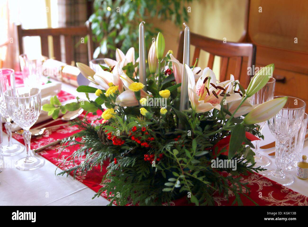Image of: Beautiful Floral Centerpiece With Candles On A Festive Dining Table Stock Photo Alamy
