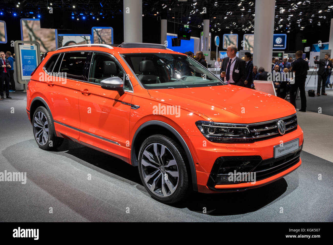 frankfurt germany sep 12 2017 volkswagen tiguan allspace r line stock photo 165148823 alamy. Black Bedroom Furniture Sets. Home Design Ideas