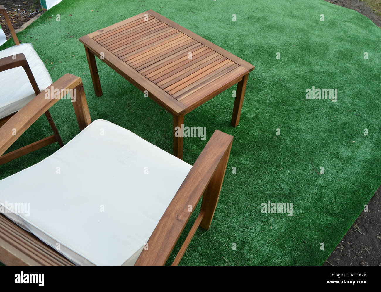 Design And Garden Furniture Table Chairs Top View