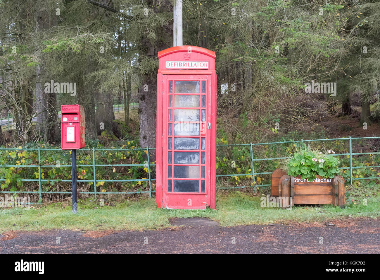 Defibrillator in red telephone box in remote location - Stronachlachar, Loch Lomond and the Trossachs National Park, - Stock Image