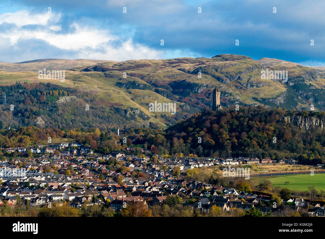View over city of Stirling with Wallace Monument to rear in Stirlingshire, Scotland, United Kingdom. - Stock Image