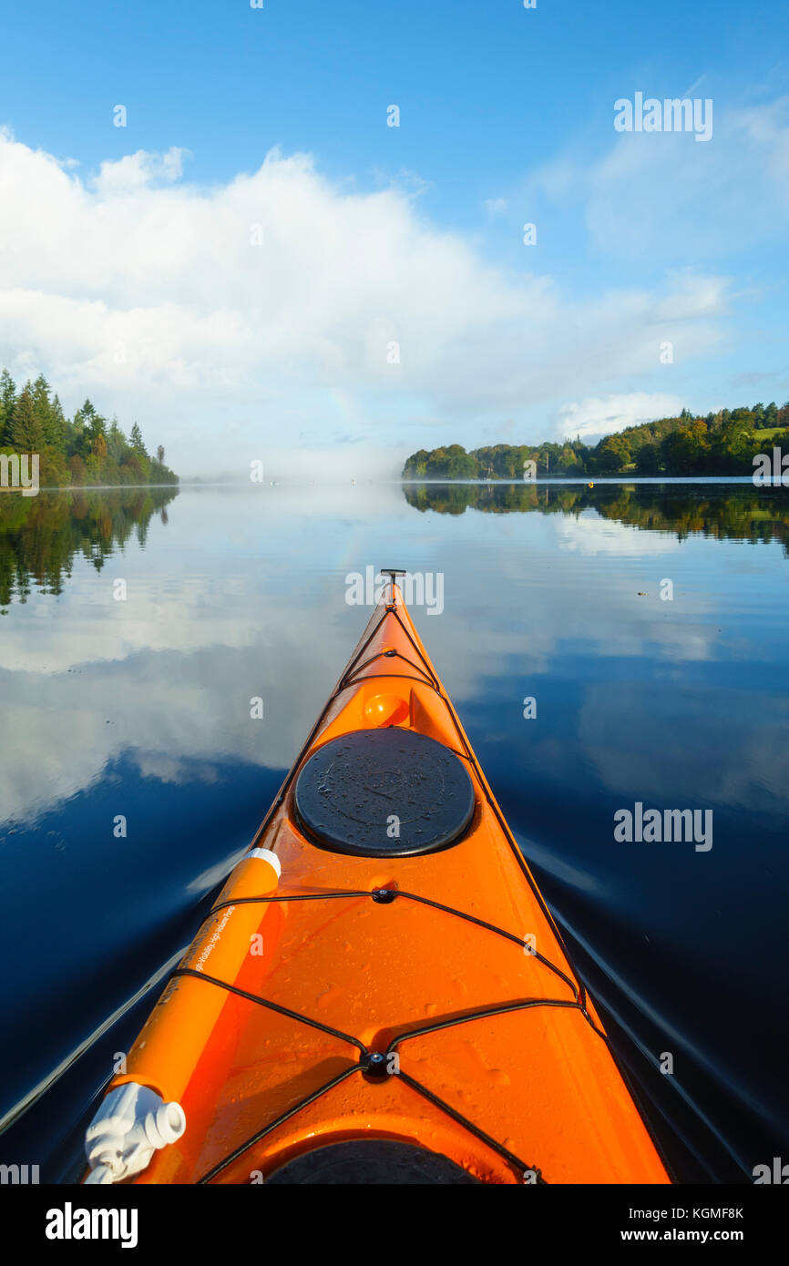 Loch Ken kayaking with Alistair Scobie - Stock Image