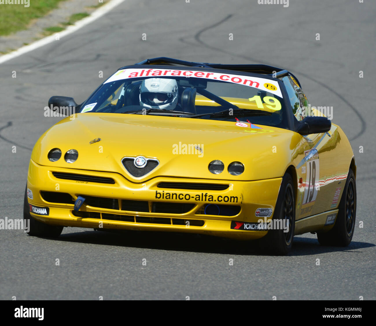 Alfa Romeo Spider Stock Photos & Alfa Romeo Spider Stock