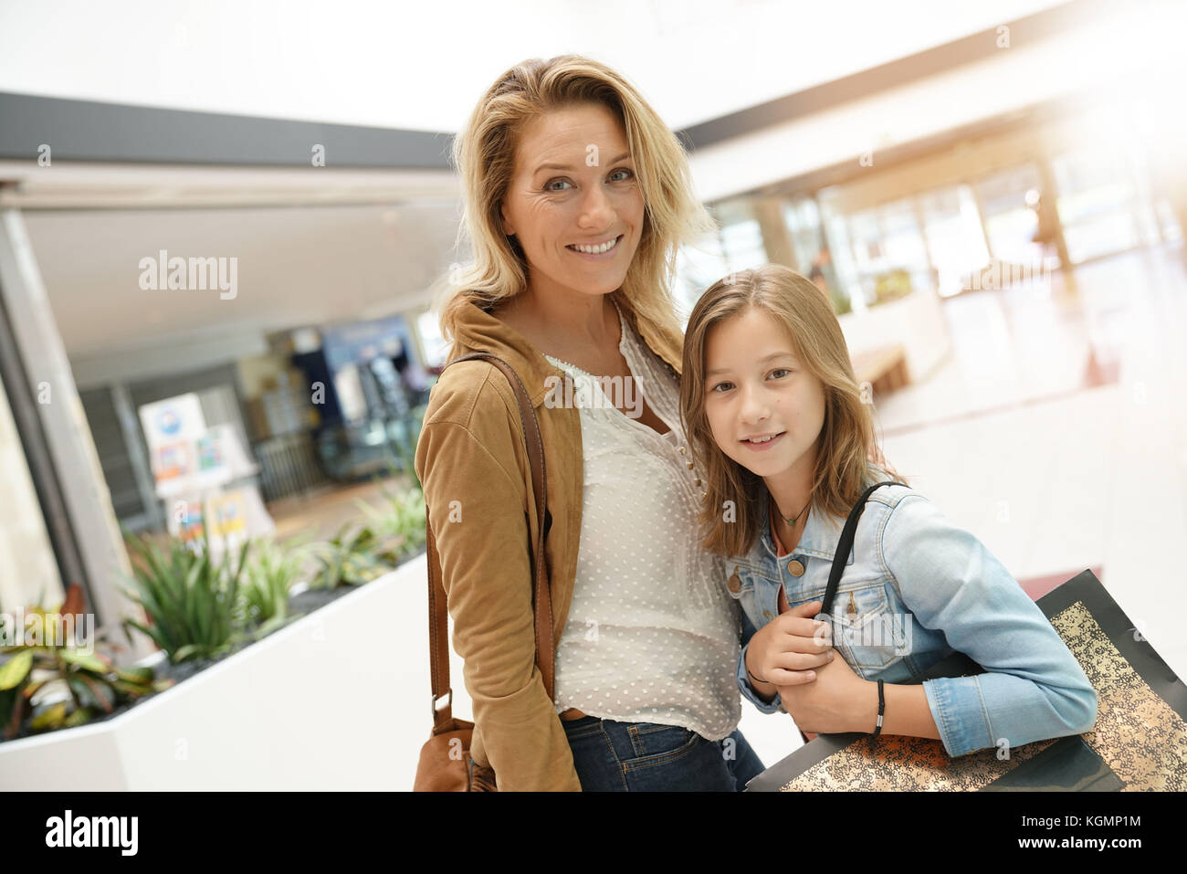 Mother and daughter shopping day together - Stock Image