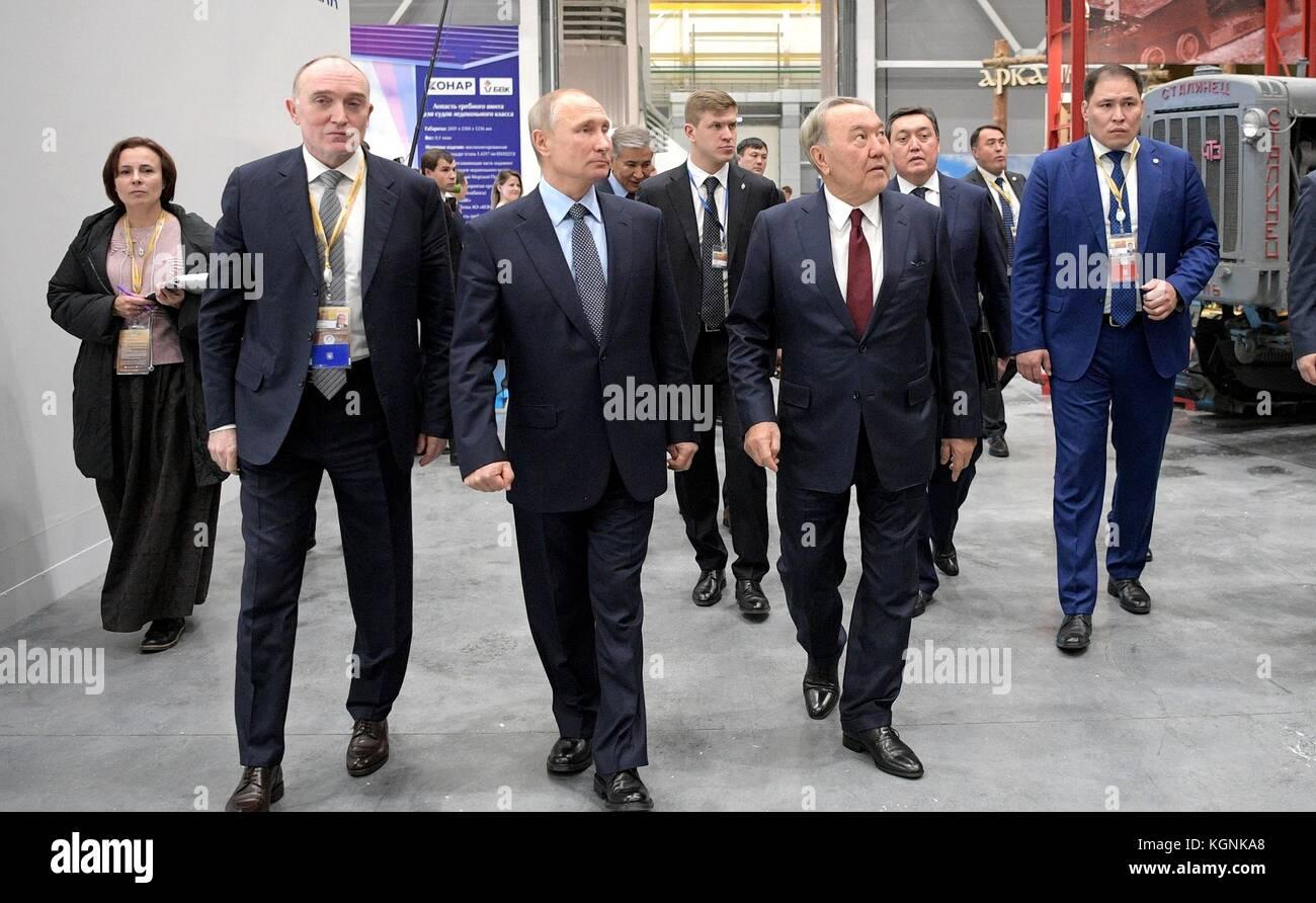 Chelyabinsk, Russia. 09th Nov, 2017. Russian President Vladimir Putin, center, Kazakh President Nursultan Nazarbayev, - Stock Image