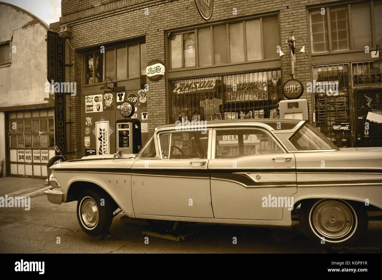 Vintage Service Station Stock Photos & Vintage Service Station Stock