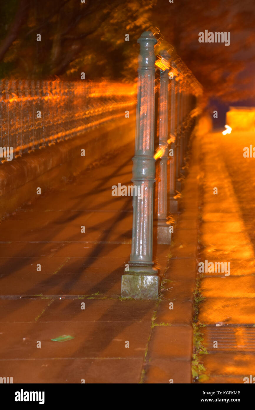 Railings, West End area of Glasgow - Stock Image