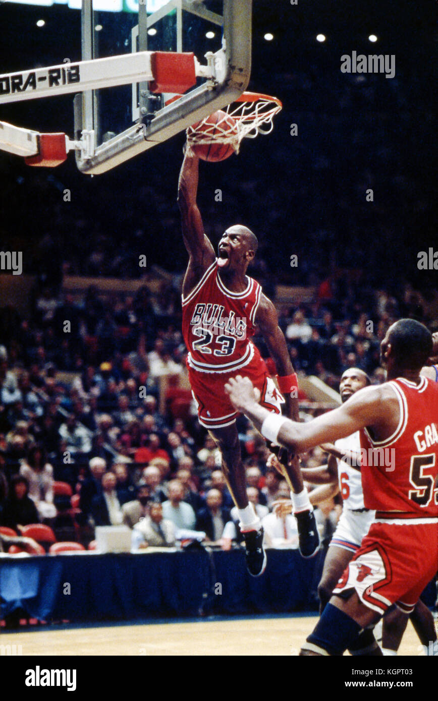 Michael Jordan Dunking 1989 Chicago Bulls Versus New York Knicks At Madison Square Garden