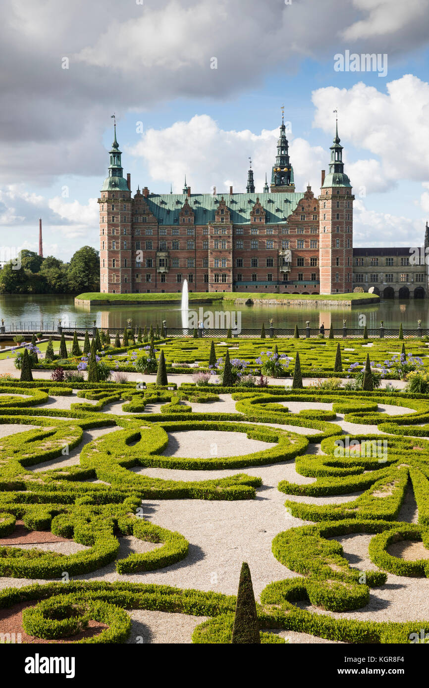 Baroque Garden of Frederiksborg Slot Castle built in the early 17th century for King Christian 4th on Castle Lake, - Stock Image