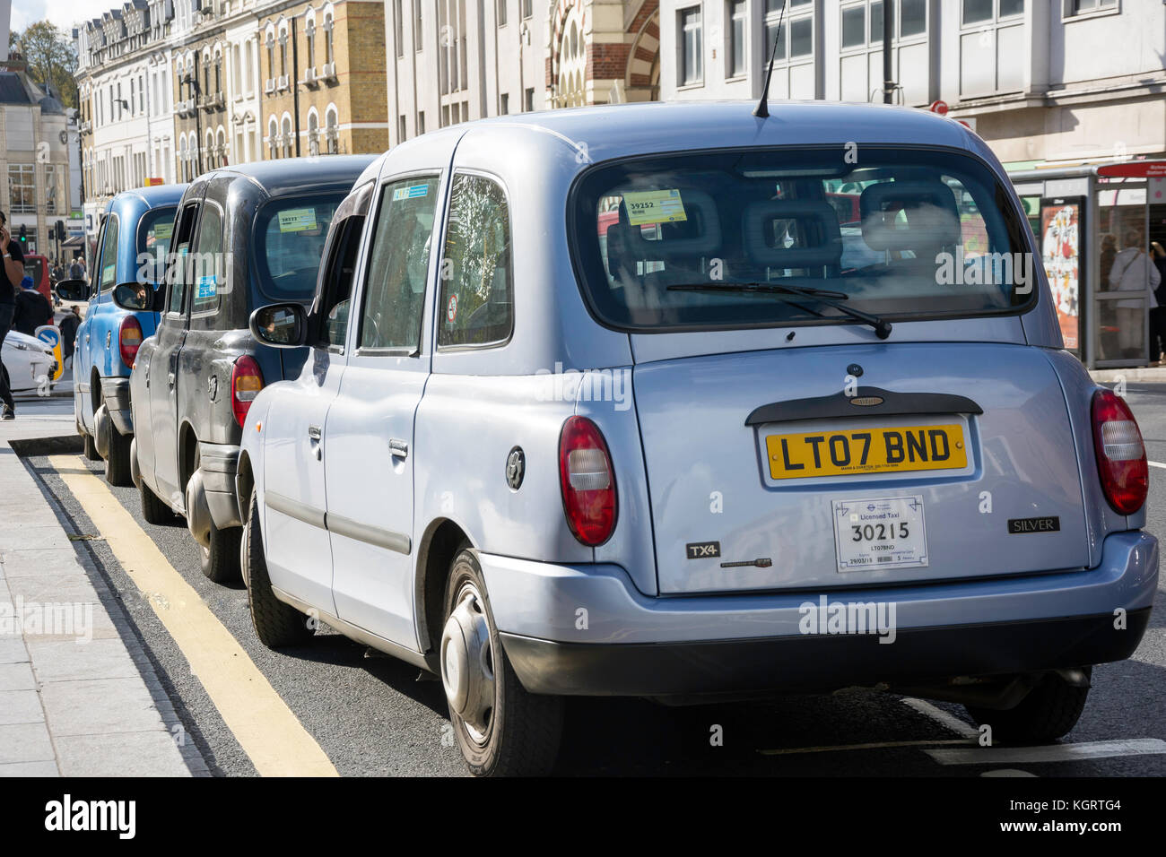 Taxi Rank at Richmond Underground Station, The Quadrant, Richmond, London Borough of Richmond upon Thames, Greater - Stock Image