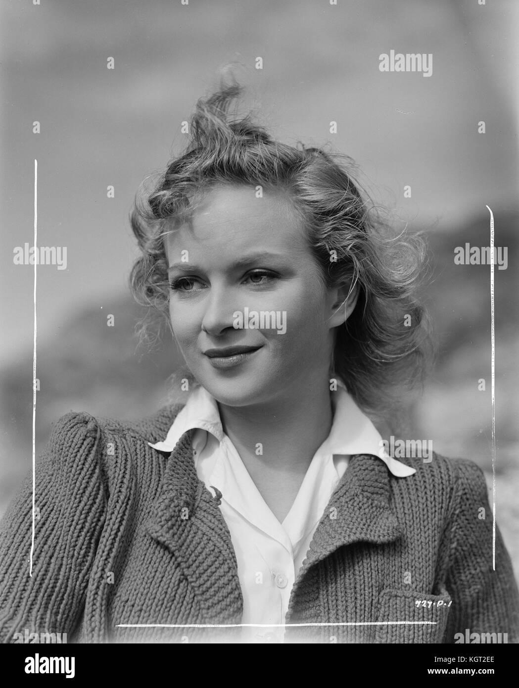 Joan Greenwood portrait