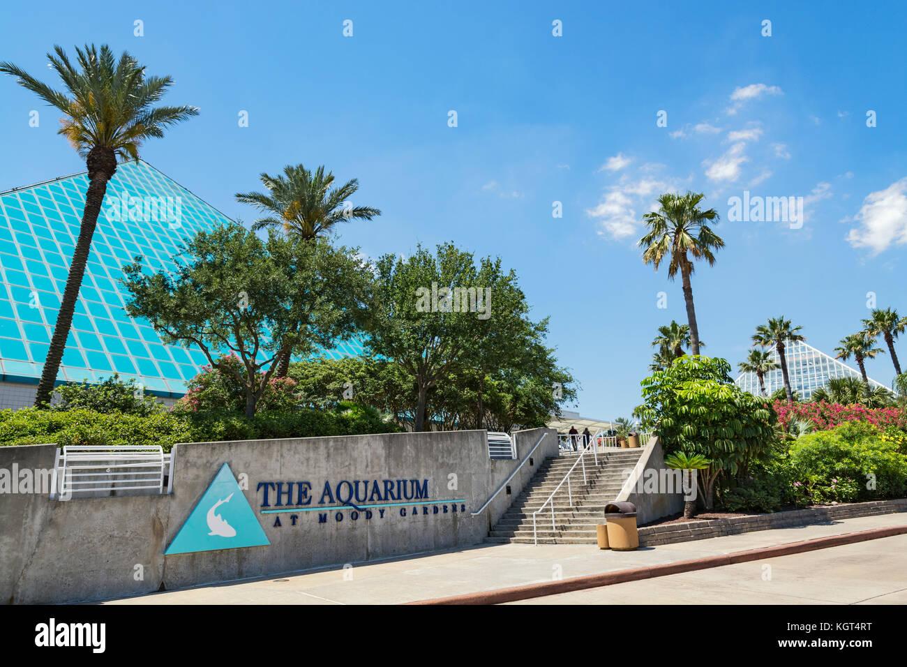 Texas, Galveston, Moody Gardens, The Aquarium Pyramid, Rainforest Pyramid  Right