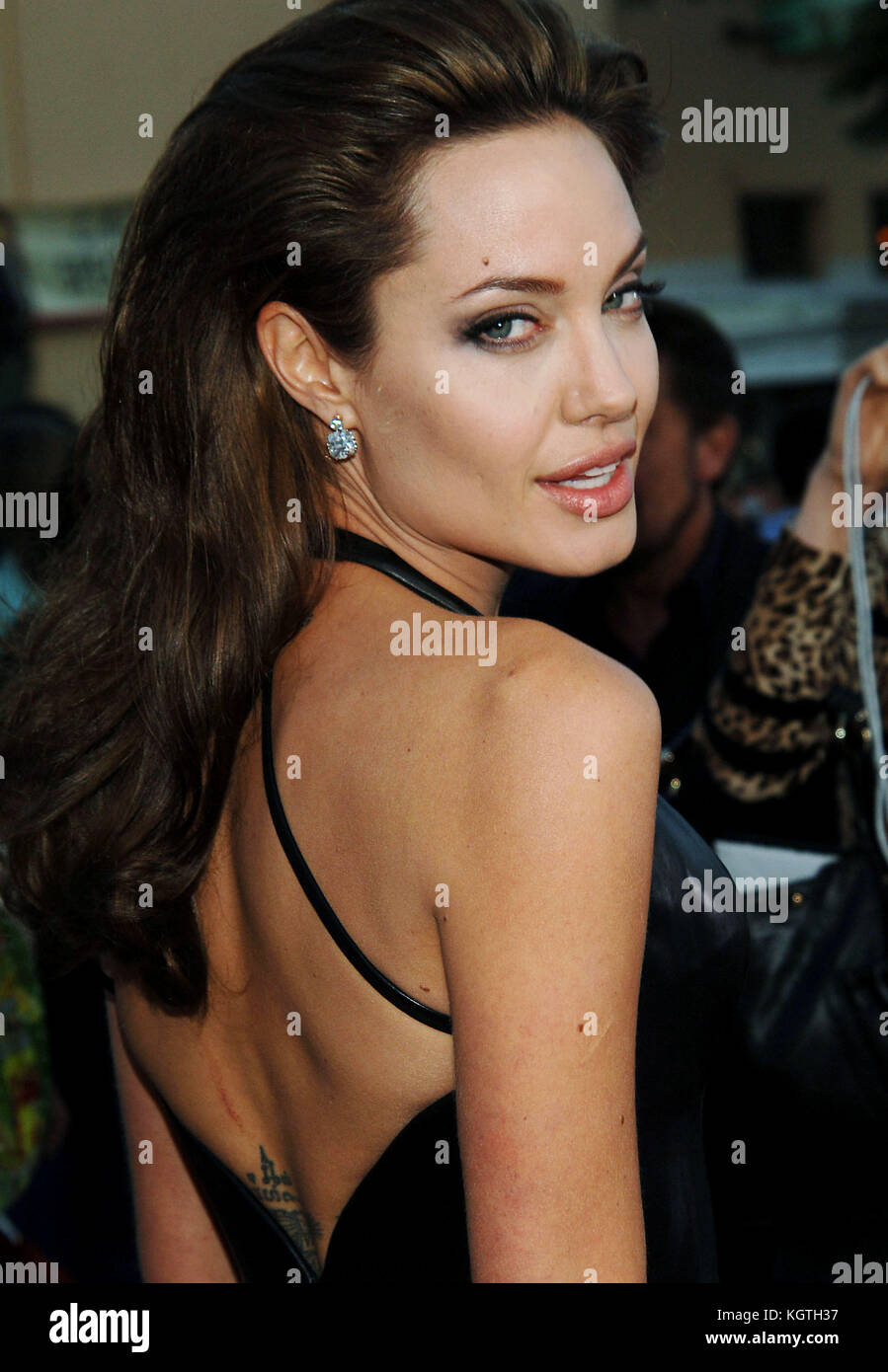 Angelina Jolie arriving at the Mr & Ms Smith Premiere at the Westwood Village Theatre in Los Angeles. June 7, - Stock Image