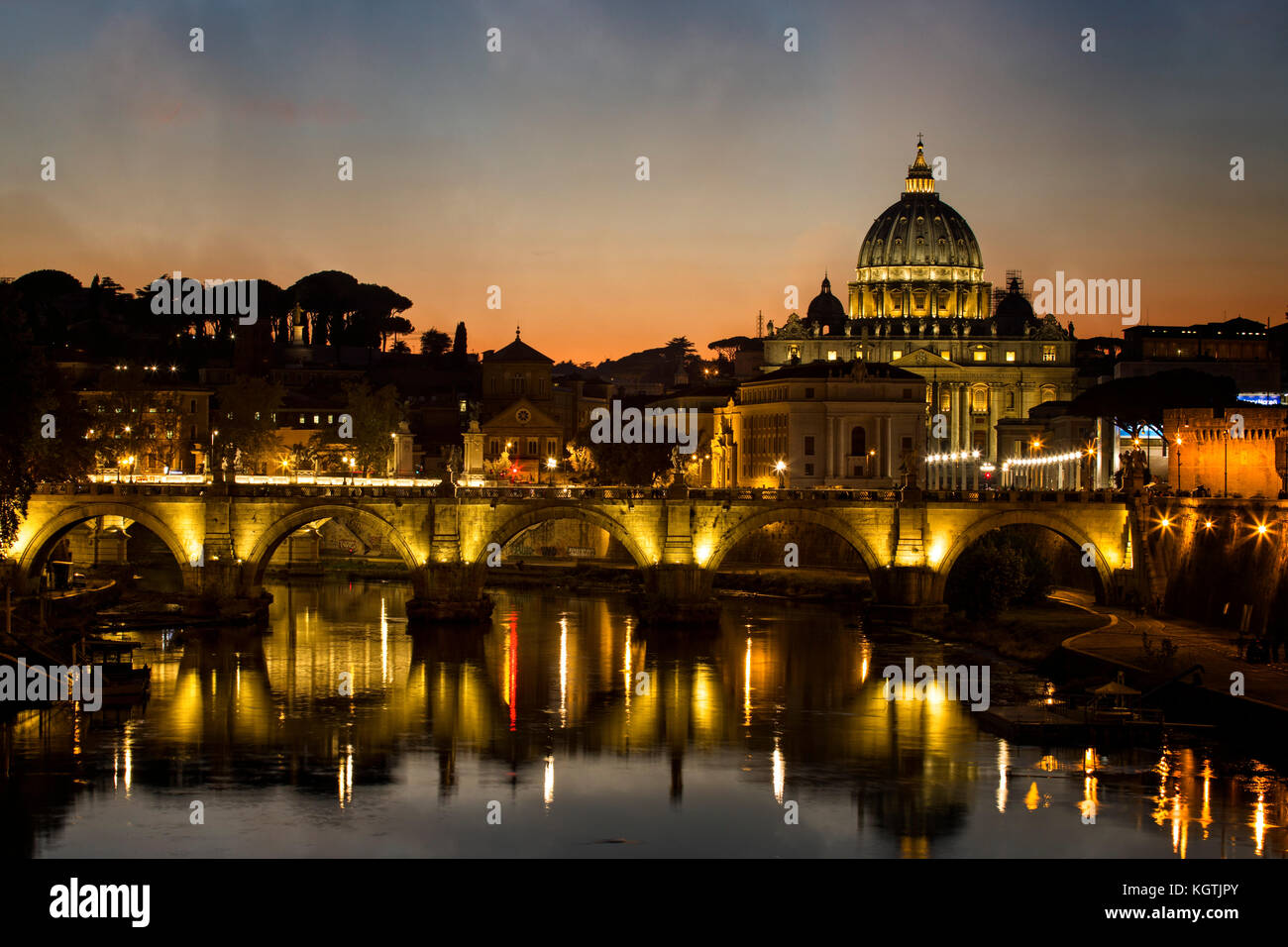 St. Peters Basilica and the Tiber River in Rome, Italy. - Stock Image