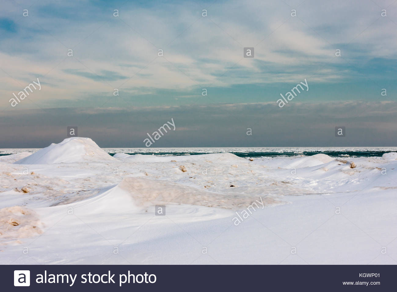Late Afternoon Walk Along Lake Michigan >> Frozen Lake Michigan Stock Photos Frozen Lake Michigan Stock