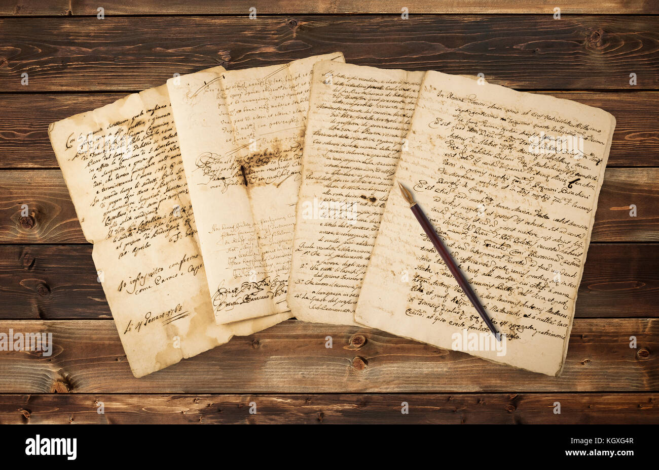 Pile of old vintage manuscripts with nib - Stock Image