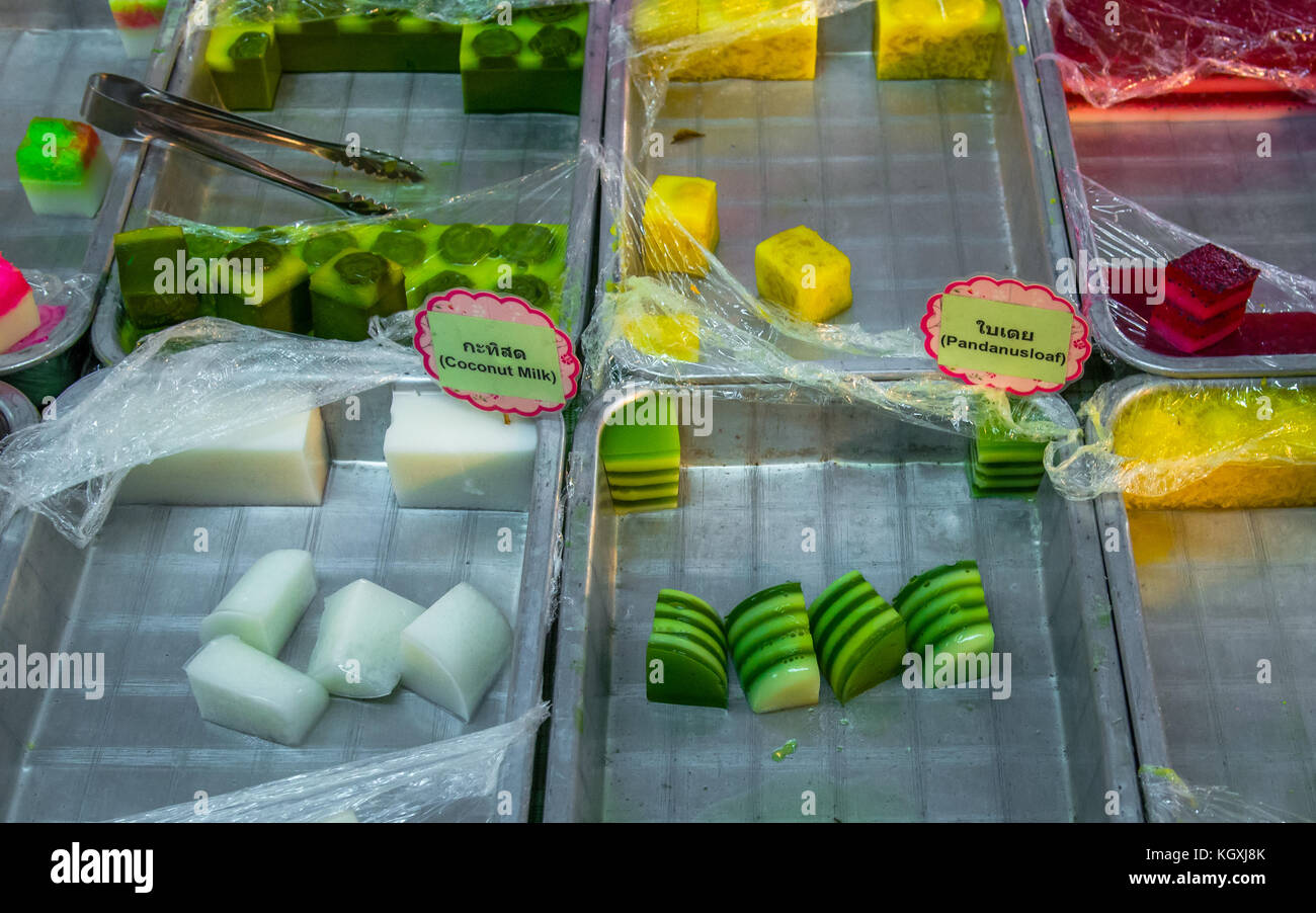 Food in a nightmarket on Loy Krathong day, Bangkok - Stock Image