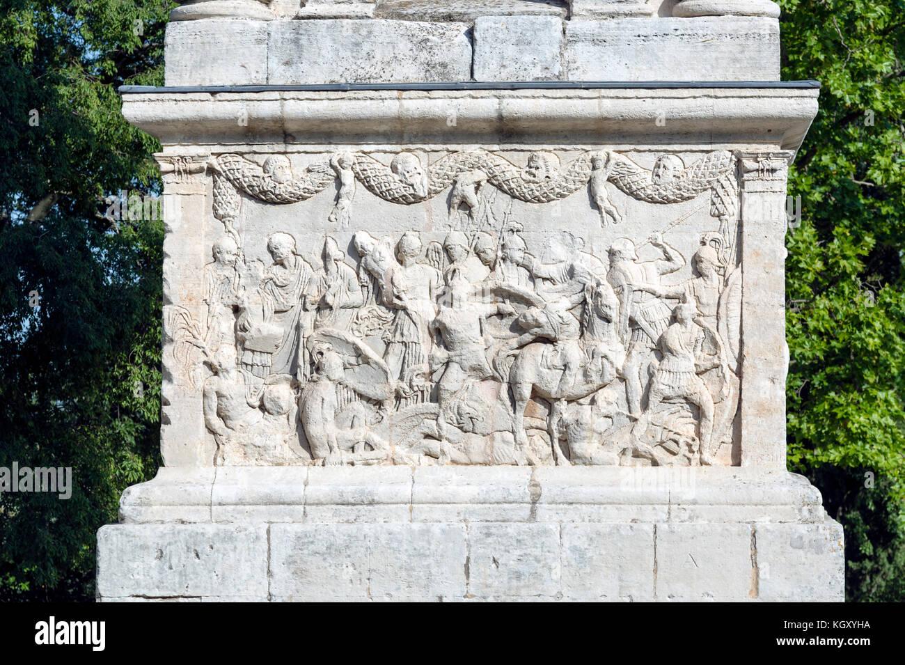 FRANCE. BOUCHES-DU-RHÔNE (13). ALPILLES REGIONAL PARC. SAINT-REMY-DE PROVENCE. GLANUM, ROMAN ARCHAEOLOGICAL - Stock Image