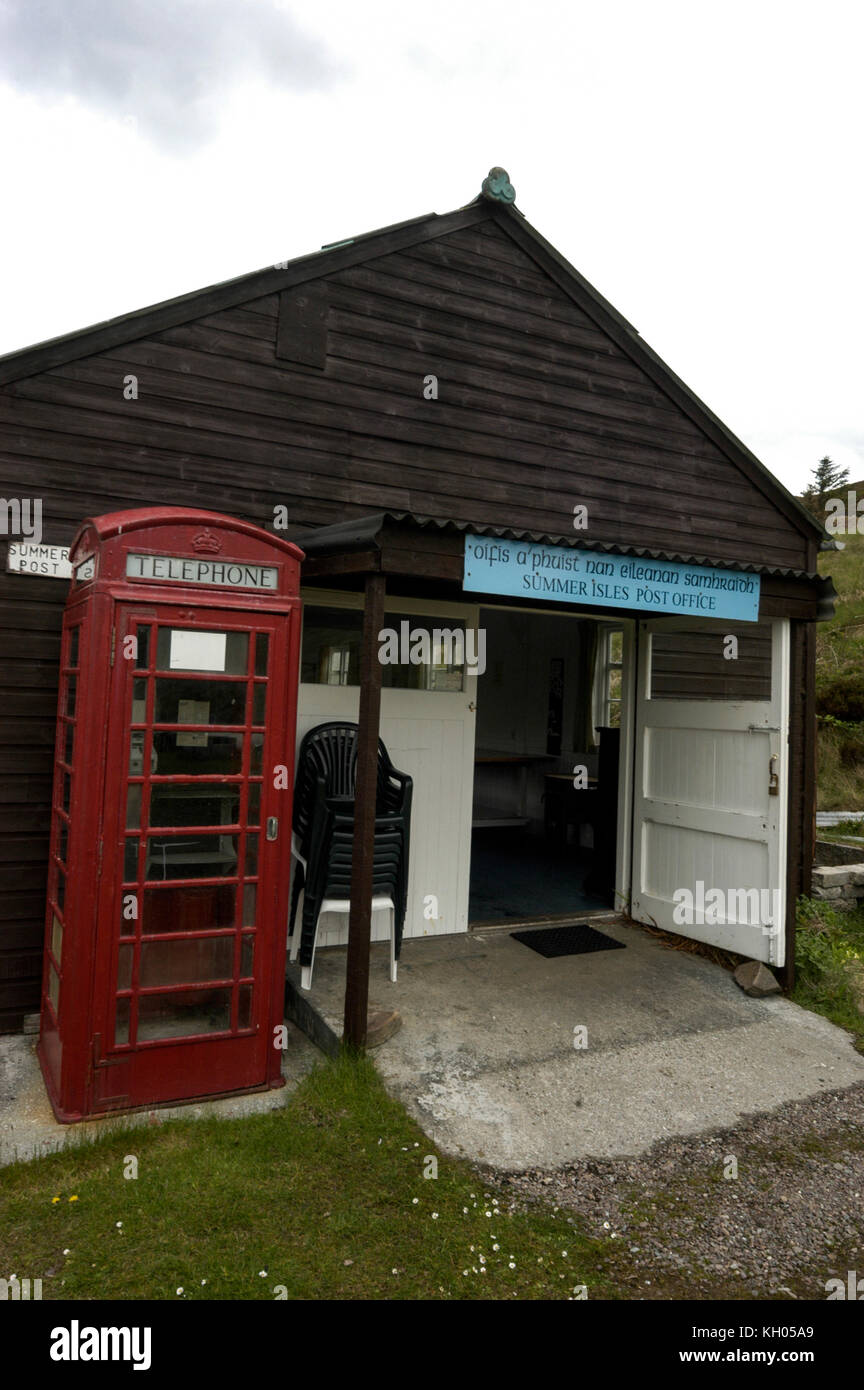 A  wooden hut acts as a post office and telephone kiosk at Tanera Mhor on the Summer Isles off the northwest coast - Stock Image