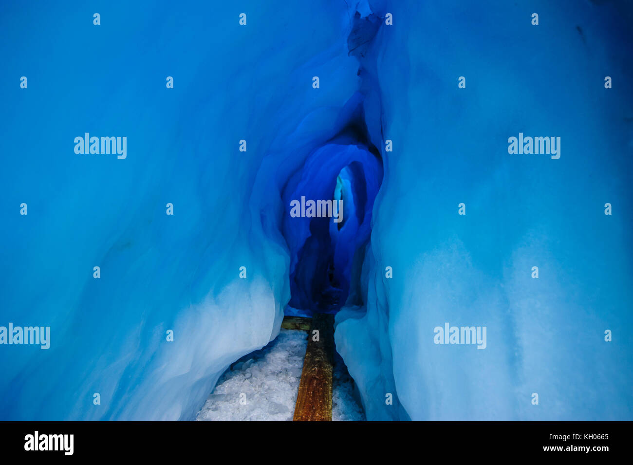 Very bluie ice in an Ice cave in the Fox Glacier, South Island, New Zealand Stock Photo